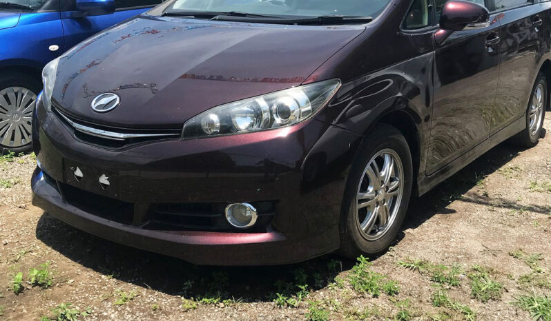 Toyota Wish 2012 full