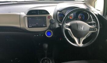 Honda Fit Hybrid 2013 full