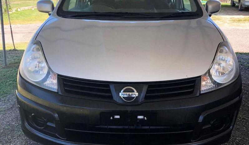 Nissan AD Wagon 2013 full