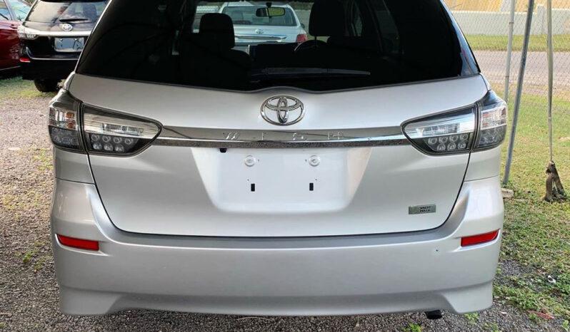 Toyota Wish 2013 full