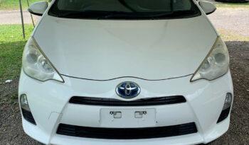 Toyota Aqua 2013 Hybrid full